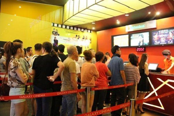 Cột chắn inox đang rất được ưa chuộng ở các rạp chiếu phim
