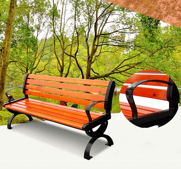 Ghế băng công viên bằng gỗ có tựa màu đỏ cam ấn tượng, điểm nhấn cho không gian của bạn