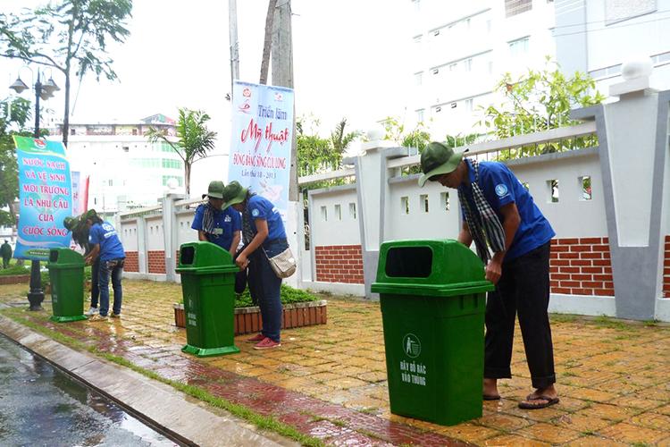 Bán thùng đựng rác giá rẻ tại Bắc Giang