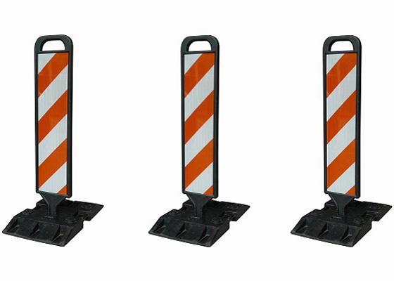 Cọc tiêu giao thông dạng tấm đứng