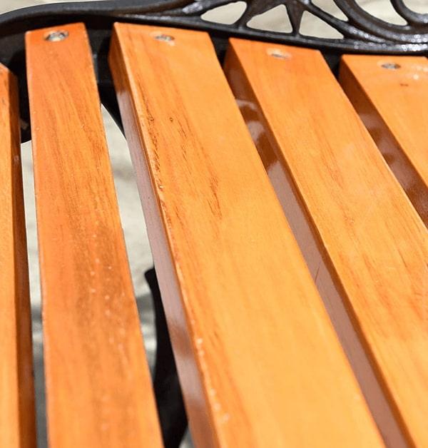 Nan ghế gỗ thịt không cong vênh, nứt nẻ, ẩm mốc do thời tiết