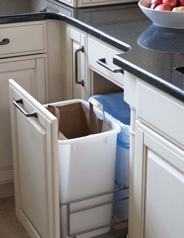 Thùng rác âm giúp tiết kiệm không gian phòng bếp