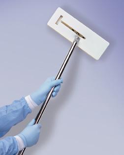 Làm sạch tường sơn