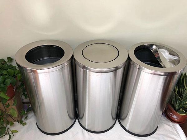 Thùng rác Inox tròn được nhiều người thích sử dụng