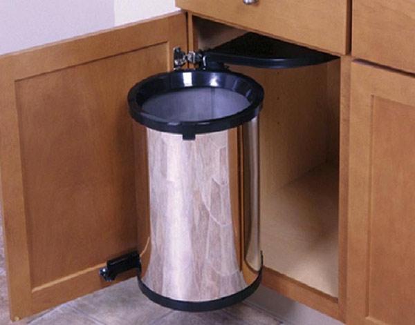 6 lý do thuyết phục bạn không mua thùng rác âm tủ