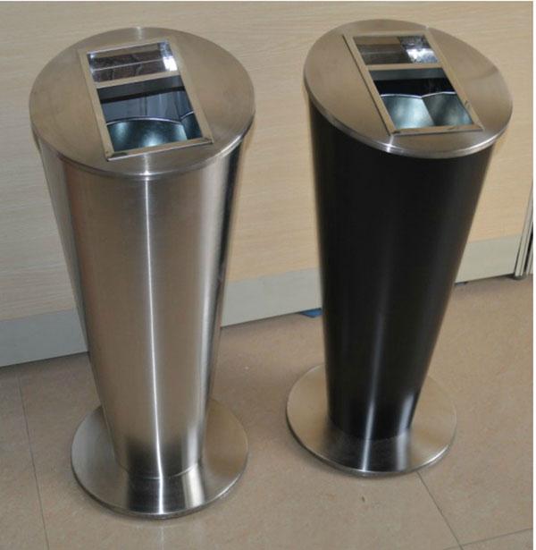 2 mẫu thùng rác inox có gạt tàn và thùng rác gạt tàn bằng thép phun sơn