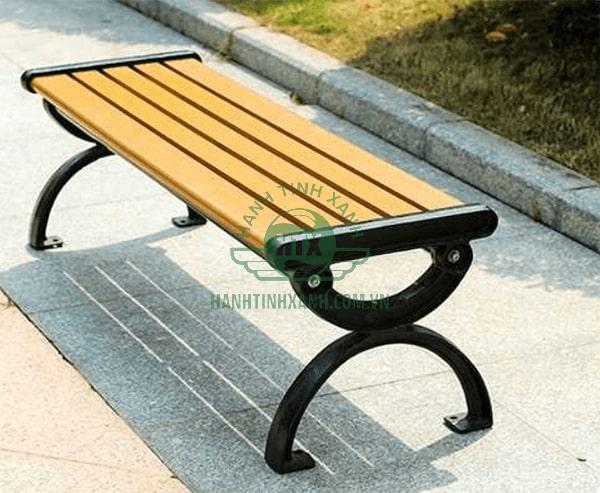 Ghế băng công viên không tựa màu vàng gỗ tự nhiên