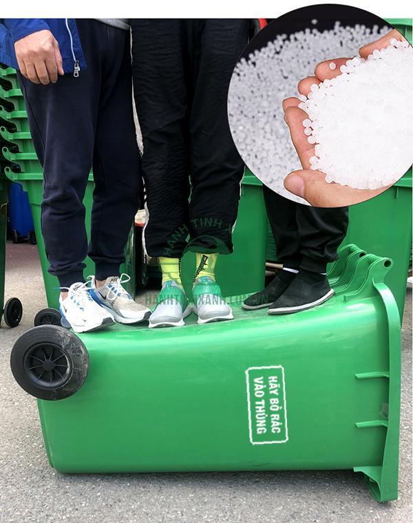 mua thùng rác 240 lít